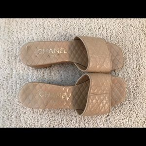 Chanel sandals size 5 beige leather  wooden heel